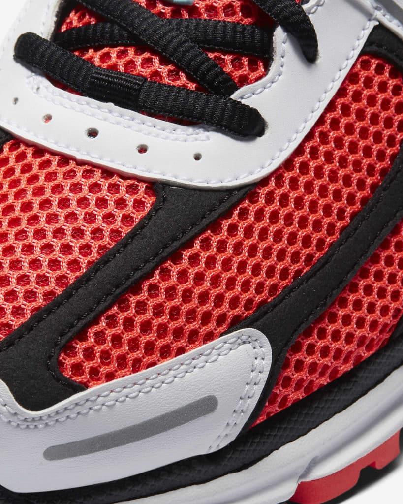 Zoom Vomero 5 SE Bright Crimson toe